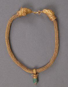 Gold Necklace with Amphora (Vase) Pendant, 4th century, Alexandria, Egypt. Byzantine
