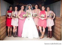 Barn wedding, country classy, DIY Bride  sooo adorable!