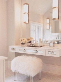 white-simple-design-for-the-vanity