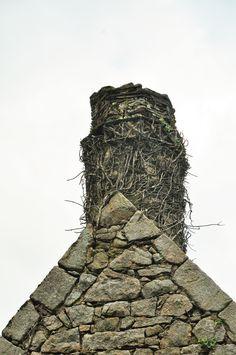 La ville-Aubry, plaquettes de schiste portant décors.