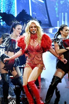 Pin for Later: Britney Spears Brings the Heat — and the Nostalgia — During Her Supersexy Billboard Performance