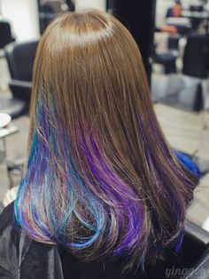 Close to my natural hair color on top. And SO PRETTY! Close to my natural hair color on top. Purple Hair Streaks, Blue Brown Hair, Hair Color Purple, Brown Hair With Highlights, Hair Color Balayage, Purple Highlights, Violet Hair, Burgundy Hair, Peekaboo Hair Colors