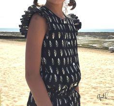 Creation de @aupaysdesbulles : Marieke sa nouvelle Combishort. - Au pays des bulles #SoftCactus #TickingToesBlack Cactus Fabric, Creations, Cover Up, Fabrics, Inspiration, Ideas, Dresses, Fashion, Bubbles