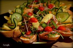 Appetizer Recipes, Snack Recipes, Appetizers, Aga, Party Snacks, Tasty Dishes, Food Photo, Party Time, Food And Drink