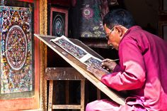Learn more about Tibetan Thangka paintings. Monk painting a Tibetan Thangka. Tibetan Mandala, Thangka Painting, Paintings, Art, Mandalas, Art Background, Paint, Painting Art, Kunst