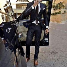 Suit up www. Black Suit Brown Shoes, Black Suit Men, Brown Suits, Brown Tie, Men's Suits, Cool Suits, Grad Suits, Best Suits For Men, Moda Formal