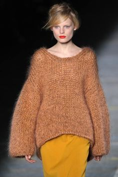 How to become a Professional Knitter - Robin Hunter Designs: High Fashion Knits