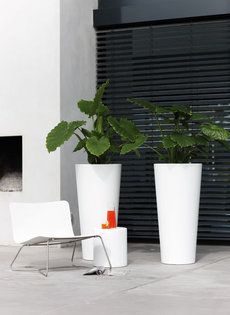 het grote voordeel van de polyester plantenbak voor buiten gebruik is dat het grootste assortiment plantenbakken voor buiten is online te koop in onze
