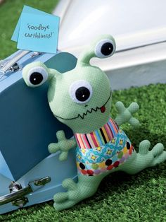 Alvin the Alien Toy Sewing Pattern Download