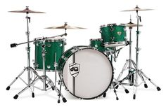 DW Classics Series is the right choice for rock, punchy and lots of low end. In green glitter