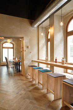 Home Decoration For Anniversary Brewery Interior, Restaurant Interior Design, Interior Shop, Restaurant Design Concepts, Cafe Design, Oriental Restaurant, Pallet Wall Decor, Cafe Bistro, Coffee Shop Design