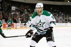 Stars Fall Despite Seguin Hat Trick - http://thehockeywriters.com/stars-fall-despite-seguin-hat-trick/