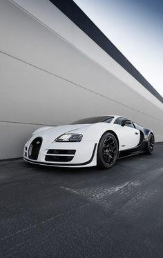 Bugatti Veyron Pur Blanc // White wedding ride inspo
