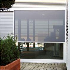 Store enrouleur extérieur Fixscreen: le premier store vertical résistant au vent et pare-insectes :: RENSON