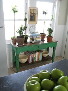 love this green-- need some in the sunporch this summer