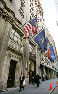 New York Times sells it's historic building