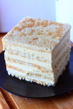 Mangomousse kakun väliin ja hyydykekakkuun - Suklaapossu Pie Recipes, Baking Recipes, Finnish Recipes, Mango Mousse, Cake Day, Piece Of Cakes, Yummy Cakes, Vanilla Cake, Food Inspiration