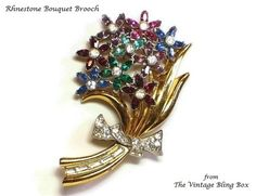 30s+Flower+Rhinestone+Brooch+with+Crystals+by+TheVintageBlingBox