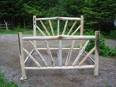 King Sunburst Bed - Montana Custom Log Furniture