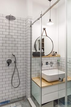 Modern bathroom by Kvartalstudio