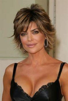 Lisa Rinna é uma atriz americana nascida em 11 de julho de 1963 em ...