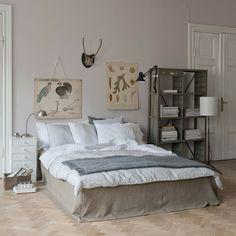 coole Einrichtung Idee beige Holzschrank Laminat Wanddeko Bilder
