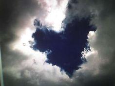 <3 http://pinterest.com/grambiegrambie/hearts/