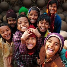 Image about love in Smile,Happy,Laugh by اسّــماءٌ Kids Around The World, We Are The World, People Of The World, Happy Smile, Smile Face, Make You Smile, Happy Faces, I'm Happy, Precious Children