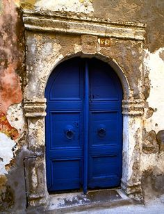 I would love a color door like this on my house! Maybe not the style of door though.