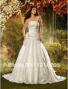 Free Shipping Chic & Modern Ruching A-line Strapless Court Train Beading Organza Wedding Dress With Appliques, Lace  1441319 $299.99