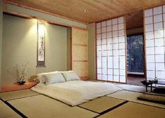 japanes bedroom decorating with floor bed