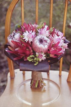 shades of red wedding floral styling - Google Search