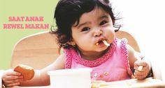 Menginjak usia 1.5  tahun, anak mulai tahu perbedaaan rasa dan tekstur makanan. Hal inilah yang menjadikan anak sulit makan. Agar jam makan tidak menjadi waktu yang menegangkan, praktikkan hal-hal berikut saat anak mulai rewel saat waktu makan tiba (klik link di atas)