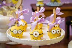 Hoje tem Festa Minions para meninas!!Apaixonada por tanta fofura.Imagens Priscilla Pandolfo.Lindas ideias e muita inspiração.Bjs, Fabíola Teles.Mais ideias lindas: Priscilla Pandolfo.Facebook: P...