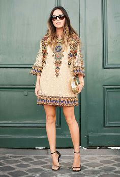 The Best of Paris Fashion Week Street Style (Updated!) The Best of Paris Fashion Week Street Style (Updated!): Fashion Month moves pretty fast — especially [. Fashion Week Paris, Trend Fashion, Boho Fashion, Fashion Dresses, Style Fashion, Bohemian Mode, Bohemian Style, Estilo Hippie, Look Boho