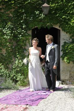 Anna-Louise Clegg, married in the Long Mirage Dress.