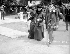 Another photograph of the dowagers visiting the Royal Horticultural Society Show, Chelsea, May 1919.