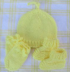Hand Knit Newborn Baby Set Umbilical cord top by NapaValleyFiber