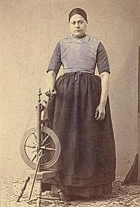 Netherlands Traditional Fashion hand colored Photo 1870
