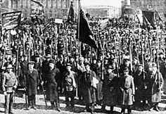 De Oktoberrevolutie was een communistische revolutie. De revolutie vond plaats in oktober/november 1917 onder leiding van Lenin, Stalin en Leon Trotski