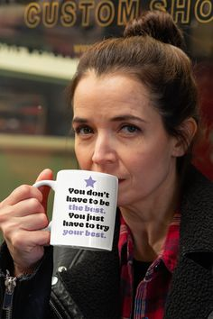Looking for the perfect nurse gift? Get this funny trump nurse mug that could be the funniest nurse gift, which will give a smile on your nurse's face soon he or she unwraps the gift! Gifts For Wife, Gifts In A Mug, Gift Mugs, Funny Coffee Cups, Coffee Mugs, Funny Nurse Gifts, Worlds Best Boss, Nurse Mugs, Presents For Friends