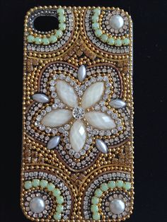 Florida Diy Crafts Jewelry, Bead Crafts, Arts And Crafts, Bead Embroidery Jewelry, Beaded Embroidery, Beading For Kids, Candle Art, Rhinestone Art, Cell Phone Covers