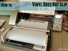 Silhouette Not Cutting Vinyl Straight? Troubleshooting and Tips to Fix It! #Silhouette #silhouetteprojects #silhouettetutorials #silhouettevinyl #htv