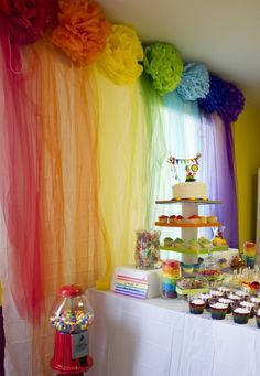 An adorable rainbow art party! Love the pom poms and tulle!: An adorable rainbow art party! Love the pompons and the tulle! Wiggles Birthday, Wiggles Party, Trolls Birthday Party, Troll Party, Rainbow Birthday Party, Rainbow Wedding, Unicorn Birthday Parties, Unicorn Party, Birthday Party Themes