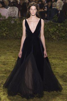 Christian Dior Spring 2017 Couture Collection Photos - Vogue