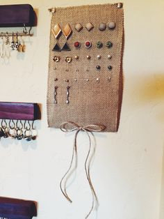Made this burlap earring holder to hold my stud earrings. I love being able to see all the earrings at once and keep them organized! #diy #organizingonabudget #jewelryholder