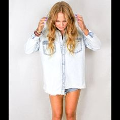 Classic liberty shirt Perfect for transitioning to the fall season! Looser boyfriend fit featuring snap button closure and distressed hem. Machine wash cold. One Teaspoon Tops Button Down Shirts