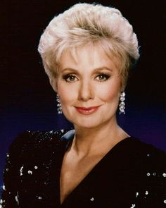 Shirley Jones this is a stunning picture of Shirley Jones..