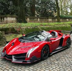 Lamborghini Veneno Roadster LP 750 4 Only the best from the world of supercars Luxury Sports Cars, Top Luxury Cars, Super Sport Cars, Exotic Sports Cars, Cool Sports Cars, Exotic Cars, Lamborghini Veneno, Lamborghini Logo, Carros Lamborghini
