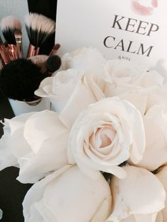 http://jenniferclairer.tumblr.com/ Fresh blooms to liven up the room